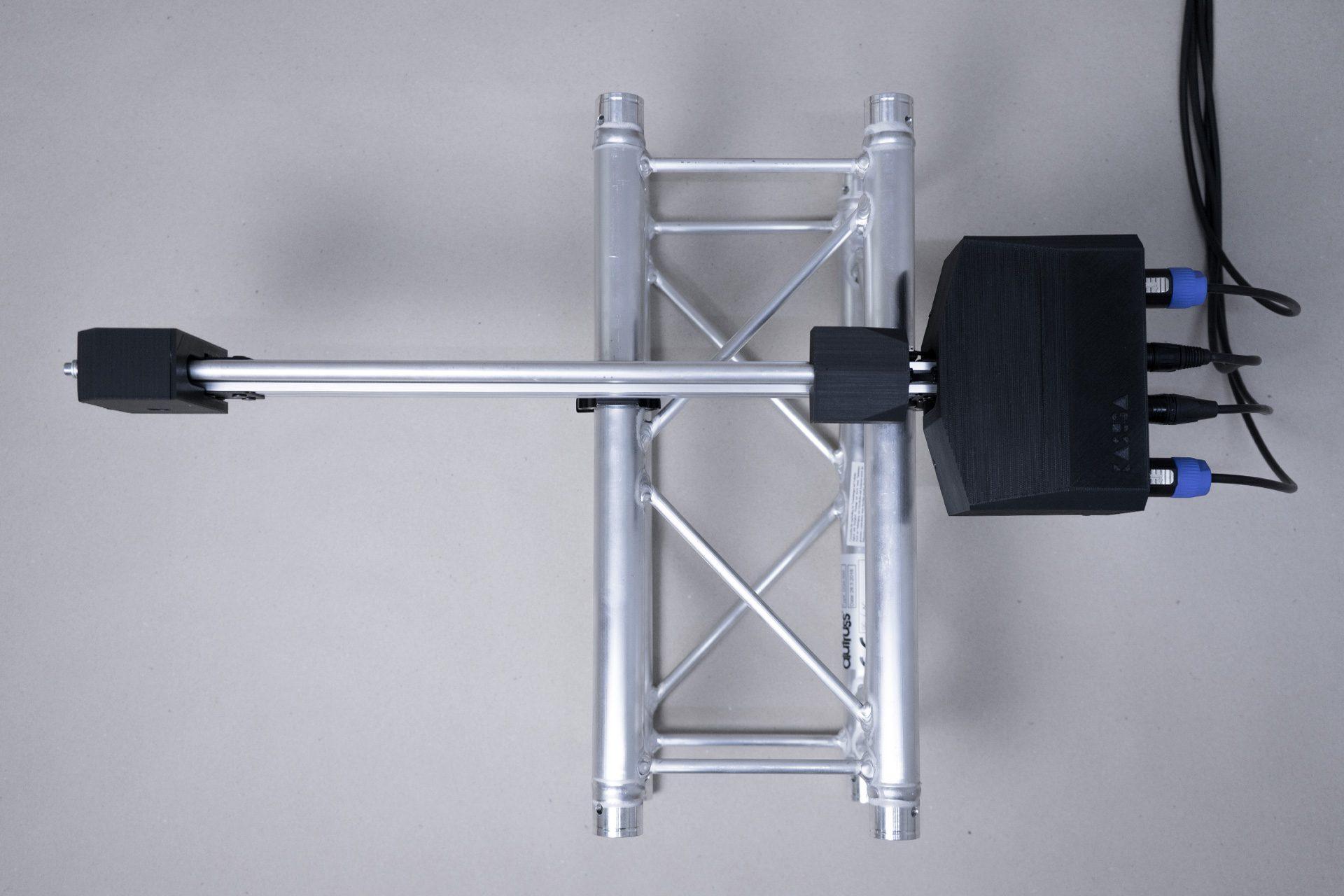 DMX Linear Actuator (variable length, 0.1 - 6kg load, 0 - 12cm/s speed, 2 DMX channels)